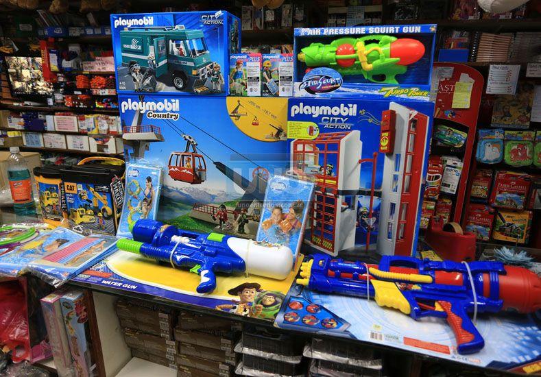 Los juguetes que estaban a la venta en enero para Reyes. Foto UNO Mateo Oviedo.
