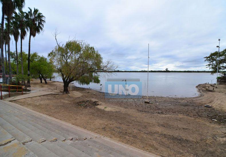 Ayer. La arena volvió a aparecer en el balneario municipal. Foto UNO/Juan Manuel Hernández