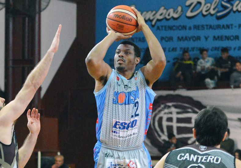 Jhonson viene de convertir 31 puntos y fue la gran figura en el triunfo del jueves en Buenos Aires.