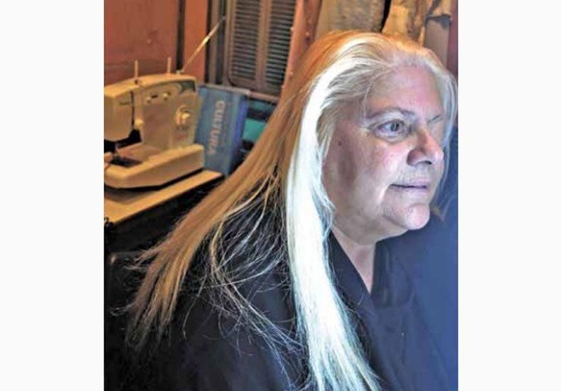 Laly, la costurerita que dio el buen paso