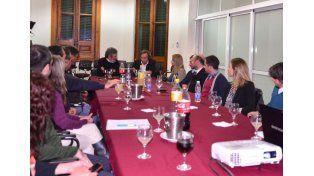 Varisco encabezó la reunión con el Polo Tecnológico Del Paraná. Foto prensa Municipalidad.