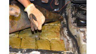 Gendarmería descubrió 60 kilos de marihuana que trasladaban hacia Entre Ríos