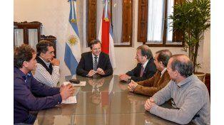 La reunión se realizó hoy por la mañana en el despacho del vicegobernador. Foto Vicegobernación.