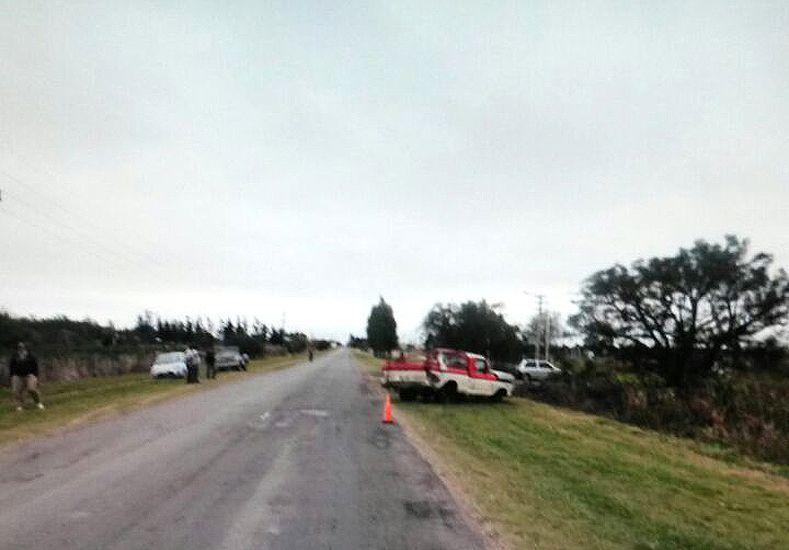 En Bovril volcó una camioneta y murió un joven de 20 años