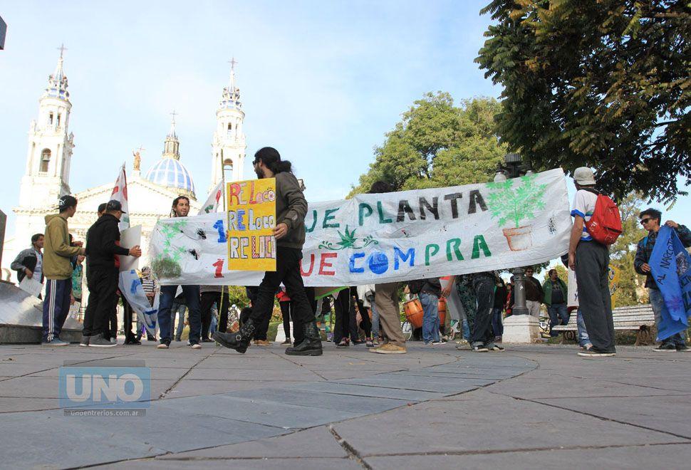 Marcha en Paraná