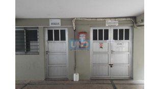 Clausurado. Ayer el depósito fue abierto a pedido del fiscal y con la presencia de las partes.  (Foto: UNO/Marcelo Medina)