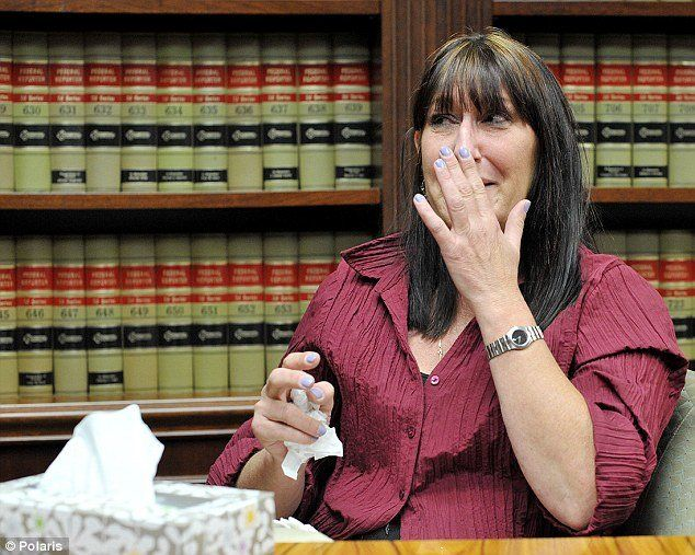 Debbie Stevens demandó a su jefa.