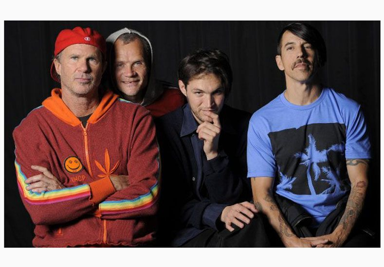 Red Hot Chili Peppers liberó Dark Necessities, el primer corte de su nuevo disco