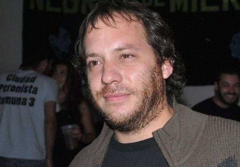 El periodista Lucas Carrasco contó en Twitter que está gravemente enfermo