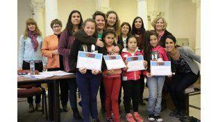 Recibieron los diplomas en el salón blanco del Palacio Pizurno del Ministerio de Educación de la Nación.