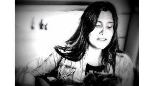 Tablado de Otoño 2016: Dafne Usorach presenta Libre en mi raíz