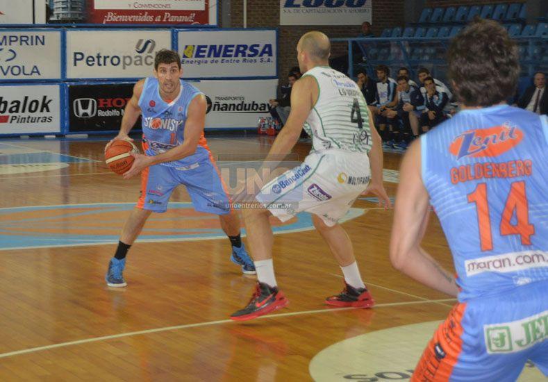 Daniel Hure culminó con 2 puntos en el cotejo jugado ayer en el Flesler. (Foto UNO/Mateo Oviedo)