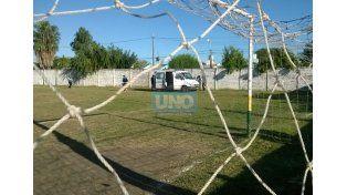 La ambulancia del centro de Salud Carrillo llegó con celeridad. (Foto: UNO/Martín Niz)
