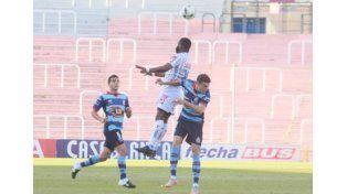 Godoy Cruz volvió a ganar y comparte la cima con San Lorenzo