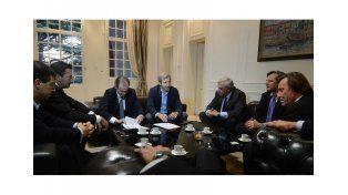 Convenio. Bordet anticipó el jueves que hoy se suscribiría el acuerdo. Estuvieron también Varisco y el vicegobernador
