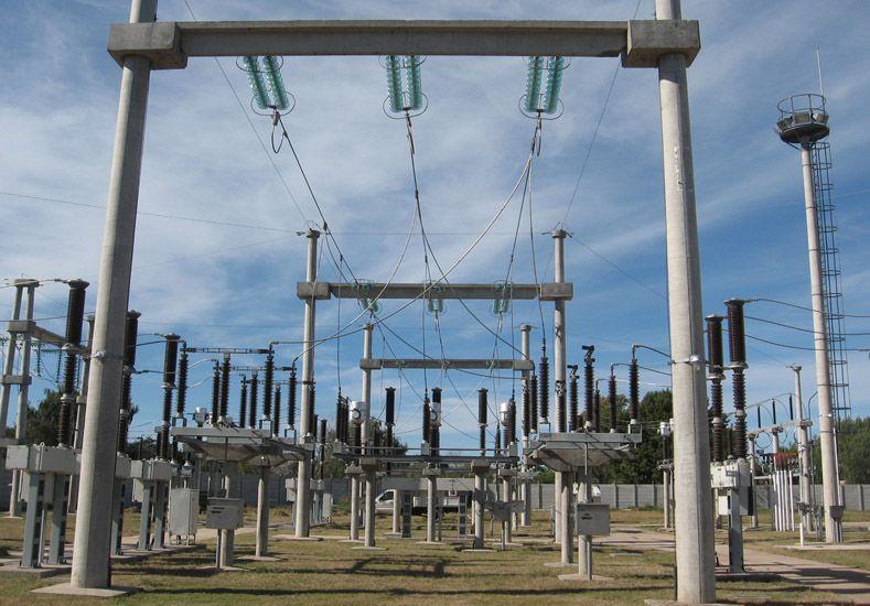 Enersa programó tareas de mantenimiento en la línea de alta tensión El Pingo