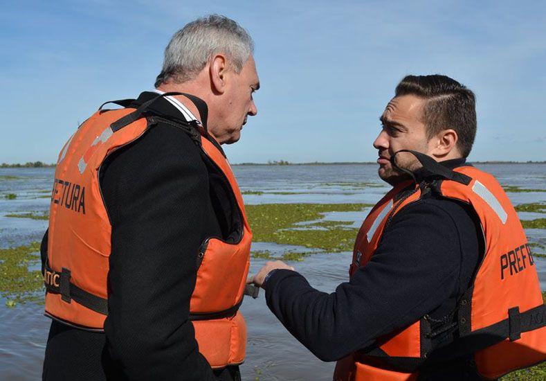 Urribarri recorrió Ibicuy junto al ministro de Defensa de la Nación