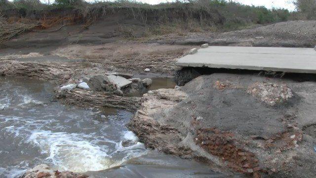Se cayó un puente y vecinos de El Ramblón quedaron aislados