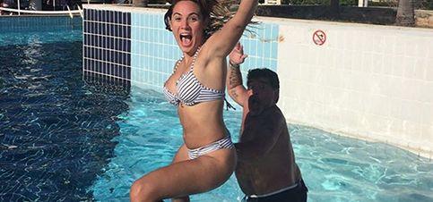 Diego Maradona y Rocío Oliva,  se divierten en el Caribe