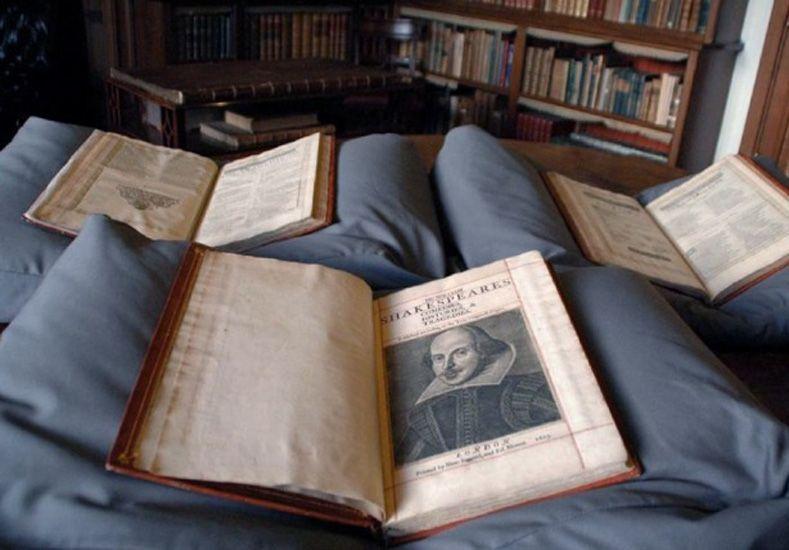 Ser o no ser contemporáneo: Shakespeare se multiplica en series, cómics y apps