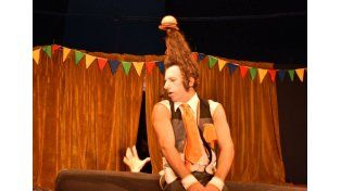 Cartoncito fue el presentaron en la varieté circense. Foto Gentileza Analia Alassia.