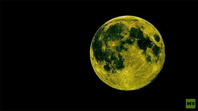 ¿Por qué se piensa que la Luna se teñirá de verde esta noche?