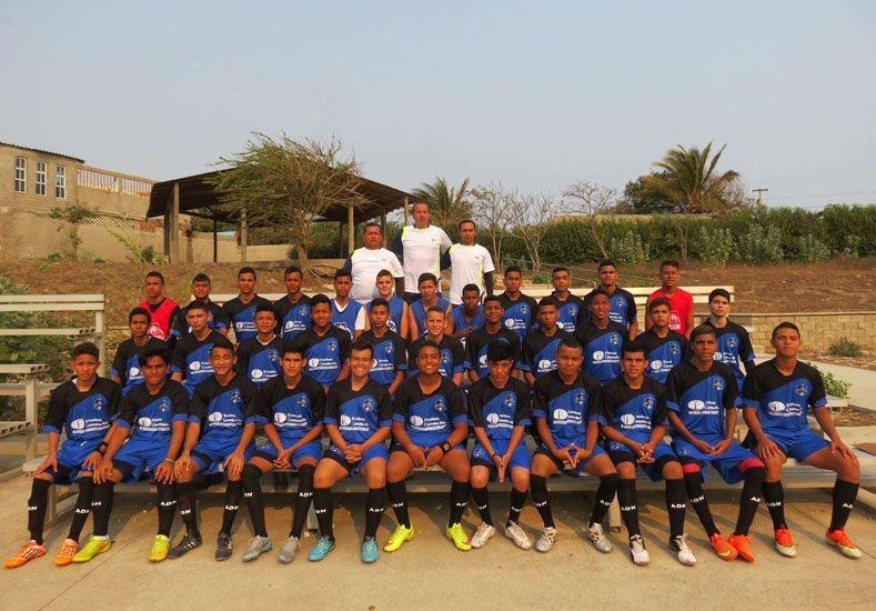 De ascenso. El plantel de Depor Buga FC milita en el asenso colombiano además de jugar copas de ese territorio.
