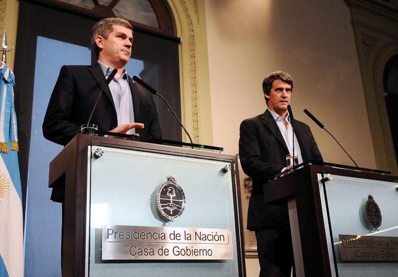 Peña y Prat Gay se mostraron conformes en la conferencia. Foto Télam.