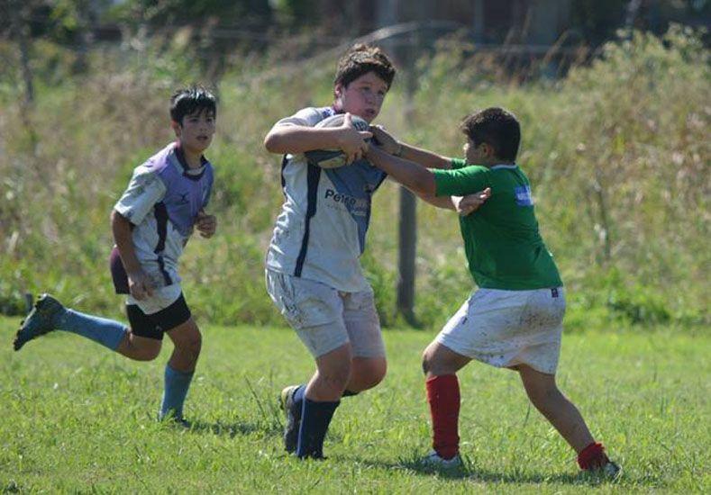 Defensa Verde. El club Tilcara también presentó todos los equipos de rugby Infantil en la actividad. FOTOS Gentileza/Prensa Rowing