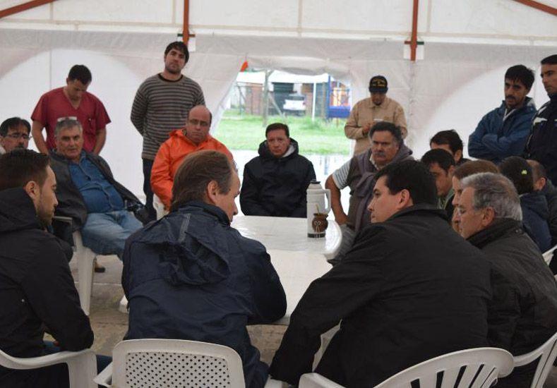 Bordet recorrió Villa Paranacito y dijo que la situación es realmente grave