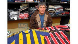 UNO entrevistó a Salvaña cuando Patronato recibió a Central por el campeonato de la B Nacional. Copito vistió las dos casacas.