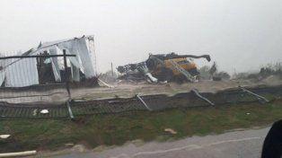 Tornado en Uruguay deja dos muertos