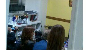 La oficina donde Cristina realizó la indagatoria frente a la secretaría del magistrado.