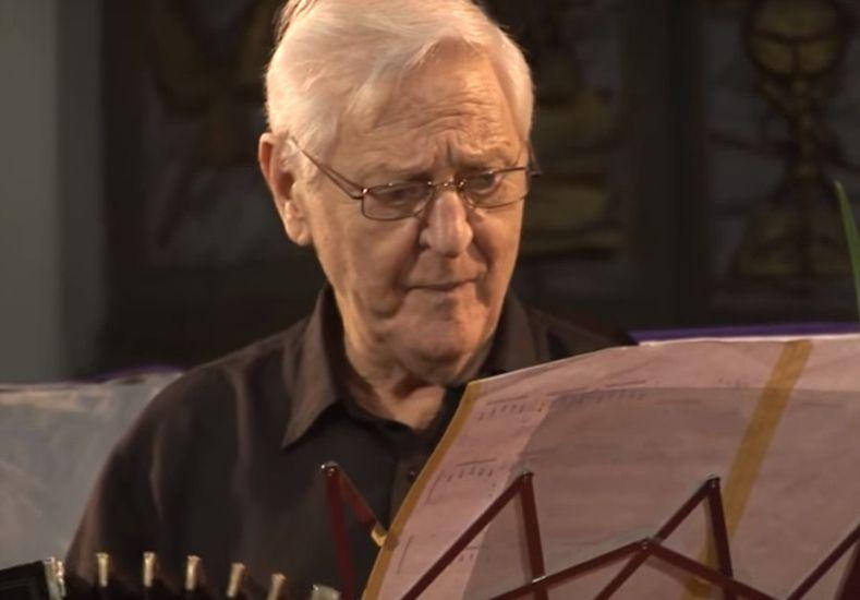 El bandoneonista falleció este martes a los 83 años.