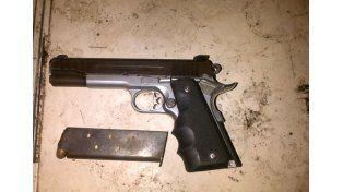 Secuestran arma y drogas en jurisdicción de la comisaría 10ª