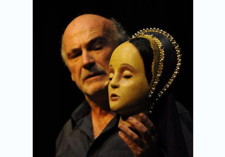 Unipersonal. Rubén Clavenzani escribió y protagoniza la obra.