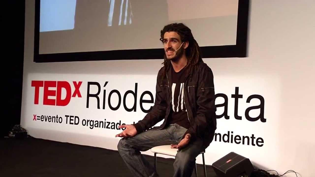 Manuel Lozano reconoció que las inundaciones no ocupan los primeros planos de los medios masivos de comunicación. Foto Internet.