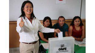 Fujimori va segunda vuelta pero aún se ignora con quién
