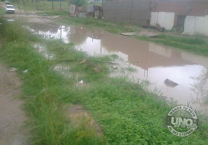 Vecinos de Bajada Grande piden ayuda por las intensas lluvias en Paraná