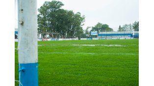 Así se veía el piso del estadio ayer por la tarde en Concepción.