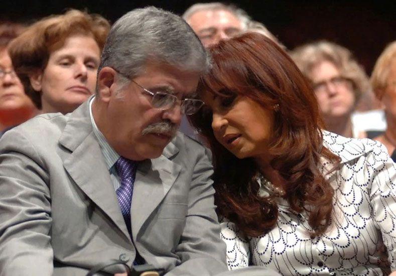 El fiscal Marijuán imputó a Cristina Kirchner y a De Vido por presunto lavado de dinero