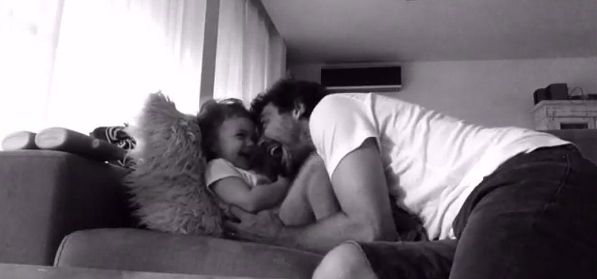 Este video de Pedro Alfonso con su hija Olivia te va a alegrar el viernes