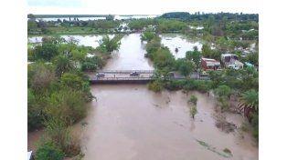 Por las inundaciones suspendieron las clases en Federal, Feliciano y La Paz