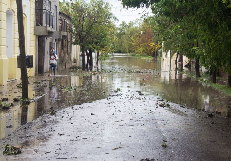 La lluvia no da tregua y en La Paz crece el número de evacuados