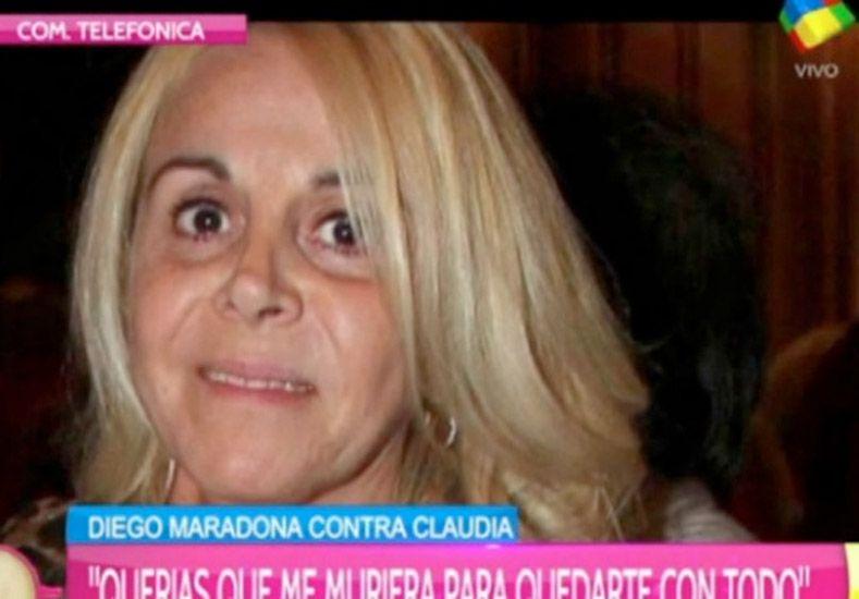 Claudia Villafañe: Diego está enojado porque estoy en pareja