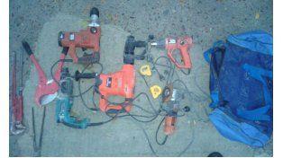 Las herramientas era el botín que se llevaba un ladrón hoy por la mañana. Foto Policía de Entre Ríos.
