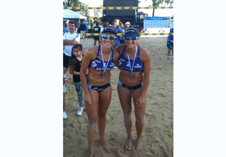 La jugadora de Nogoyá y la santafesina suman puntos para Río.