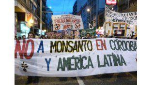 Asambleas multitudinarias. En la provincia de Córdoba se sigue intensamente la lucha ambiental contra la poderosa multinacional.