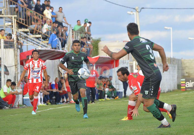 Atlético Paraná perdió la brújula