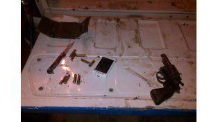 En La Floresta un policía fue baleado cuando realizaba un procedimiento de rutina